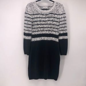 CALVIN KLEIN BLACK/WHITE SWEATER DRESS EYELASH WM